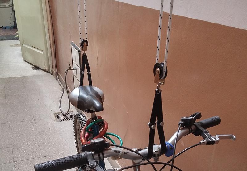 Soporte Para Bicicletas Soporte Que Permite Colgar Una Bicicleta - Colgar-bici-techo